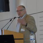 Wolfgang Schwibbe, Leiter der Albertinen-Akademie, begrüßt die Gäste zum 15-jährigen Jubiläum